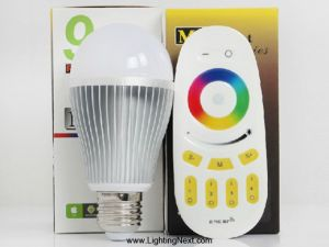 2.4G 9Watt E27 RGB+White Smart LED Light Bulb with RF Remote, Smartphone or Tablet WiFi Compatible